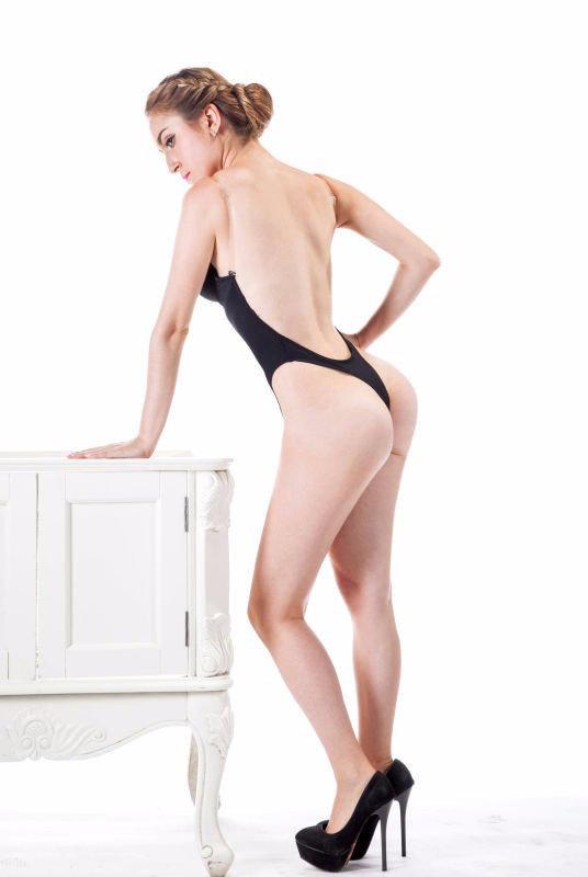 Áo ngực không dây, áo ngực mặc đầm hở lưng, áo ngực nâng ngực siêu dày - 40